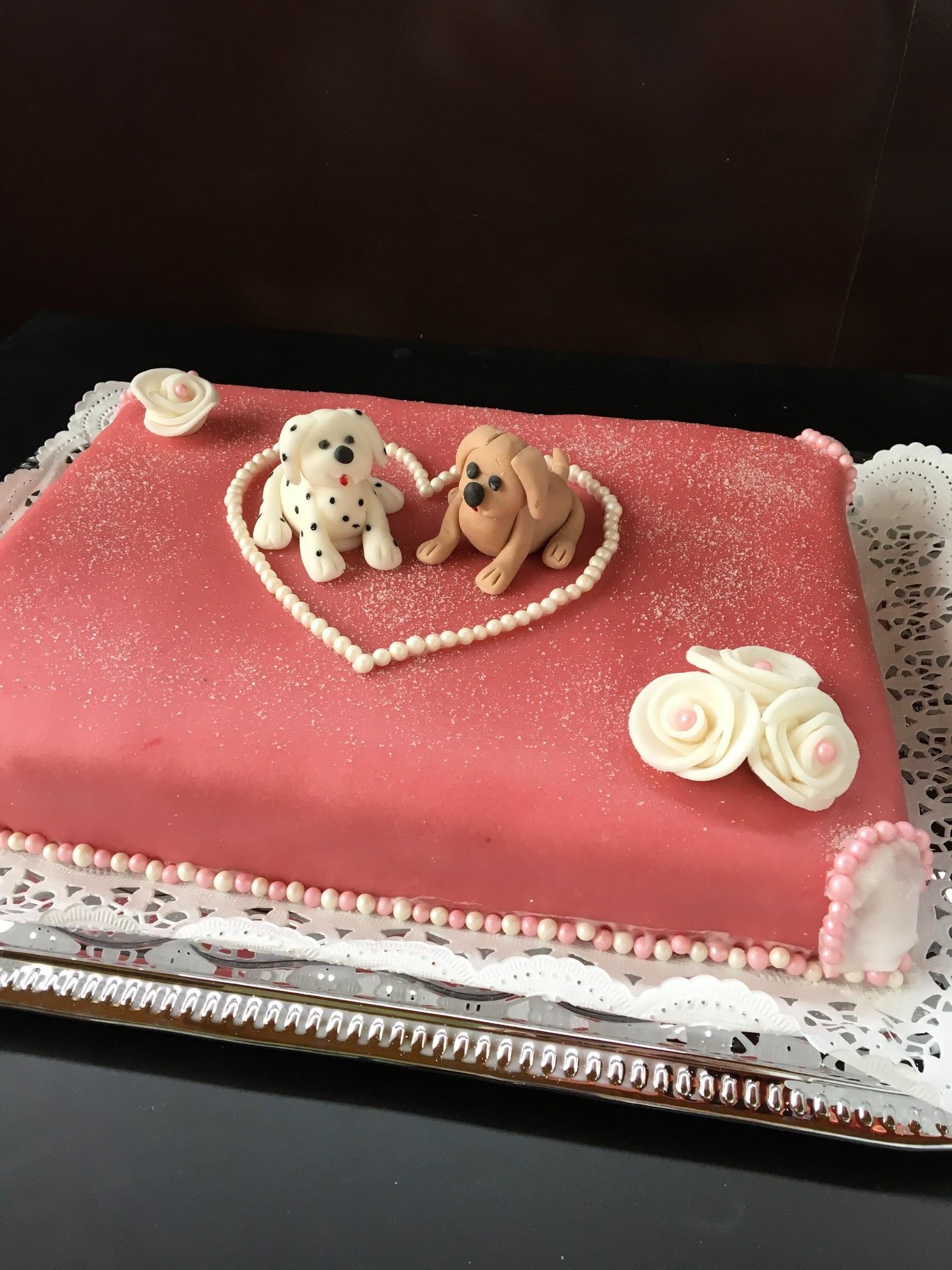 Hochzeitstorte für Hundeliebhaber