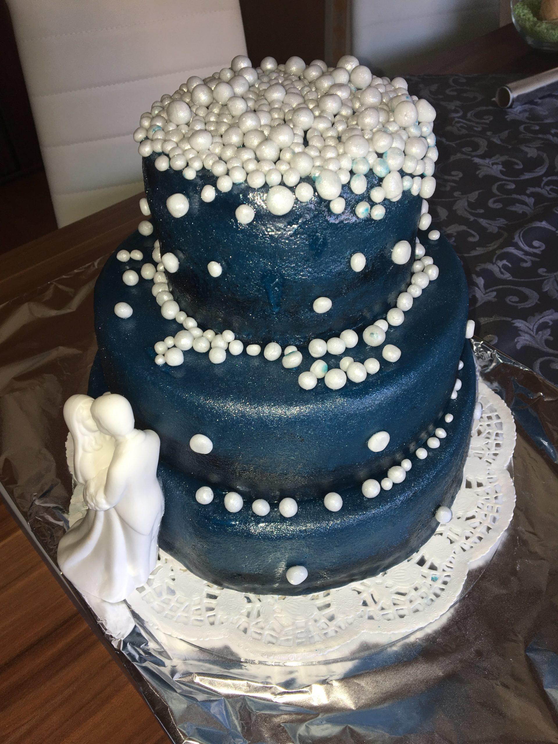 Hochzeitstorte Sternenhimmel