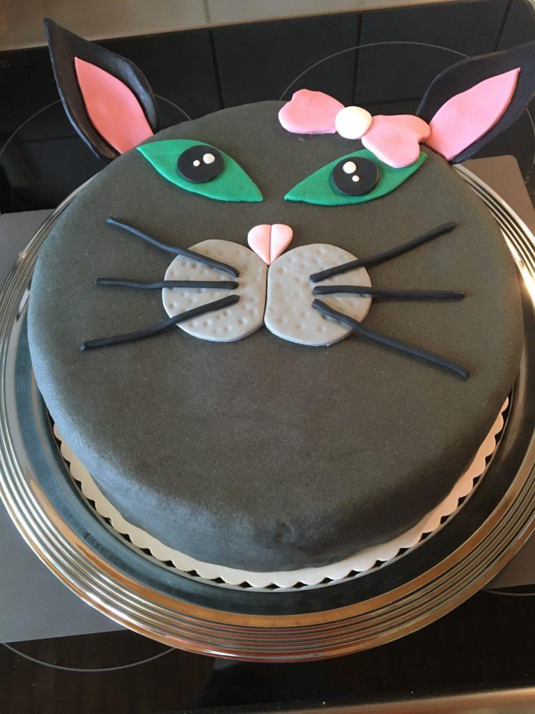 Torte Katze